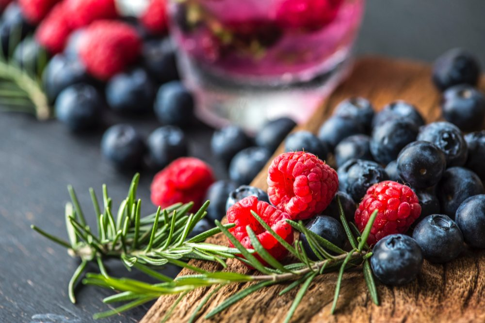 berries-blackberries-blueberries