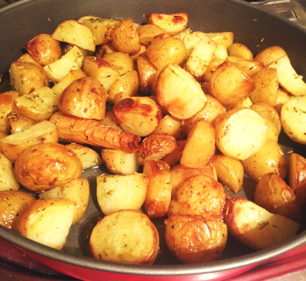 mediterranean roast potatoes and spicy chicken